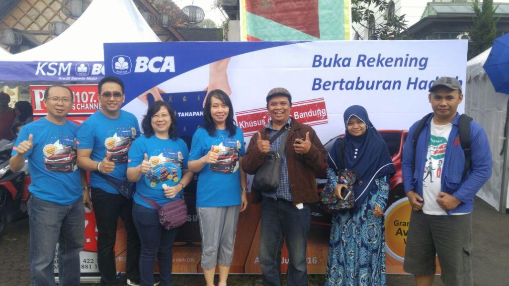 eksis bersama para petinggi BCA di Kota Bandung